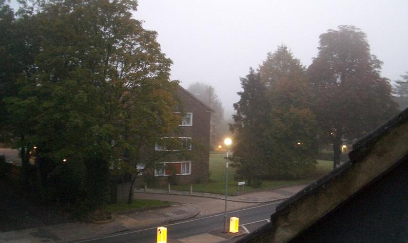 london-dark morning