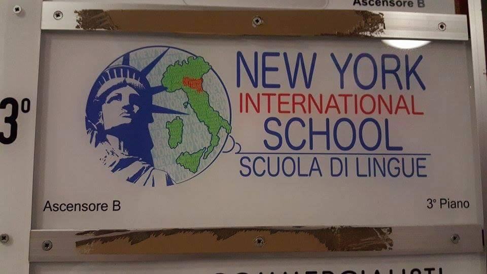 彼らの語学教室が多言語を扱う理由