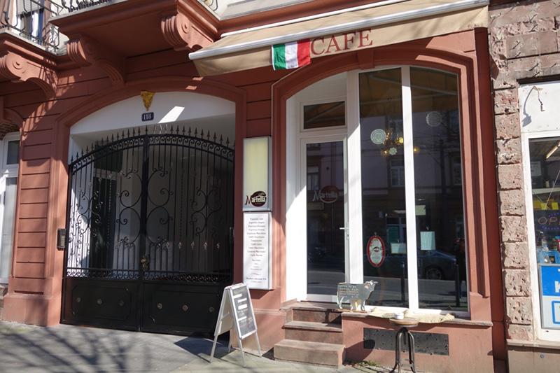 日本人オーナーが本格イタリアンコーヒーを追求