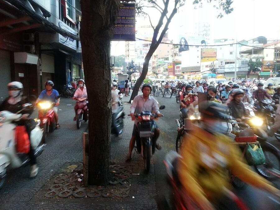 無限バイク(ベトナム)
