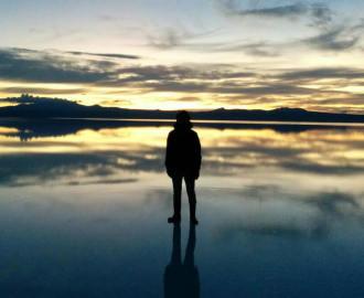 ウユニ塩湖の鏡張りも見たけど