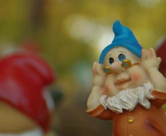 田舎で見つけたおじさんの人形