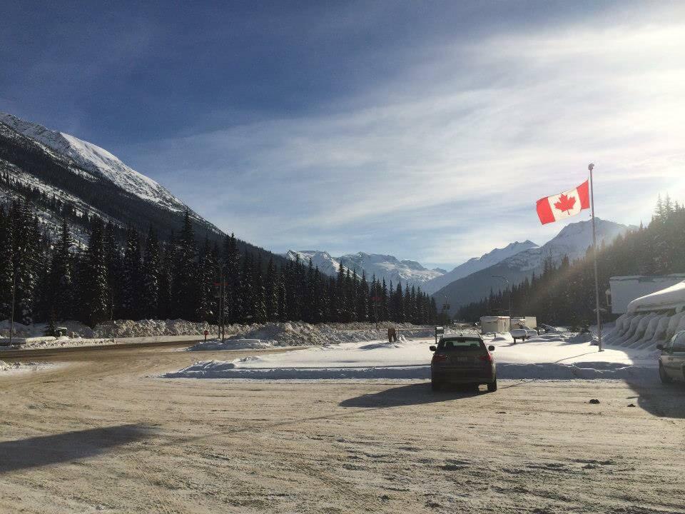 カナダワーキング・ホリデーからの移民制度